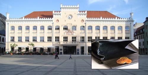 Für dieses Jahr rechnet die Stadt Zwickau mit zehn MIllionen Euro weniger Steuereinnahmen. Foto: Alice Jagals/ Birgit H/Pixelio.de