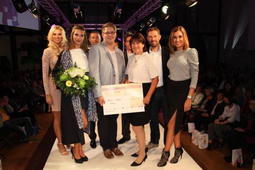 Der Mercedes Fashion NIght Award ging am vergangenen Samstag an Florian Sommer. MIt dabei war unter anderem Joachim Llambi, Jana Ina Zarella und Katja Kühne. Foto: Alice Jagals