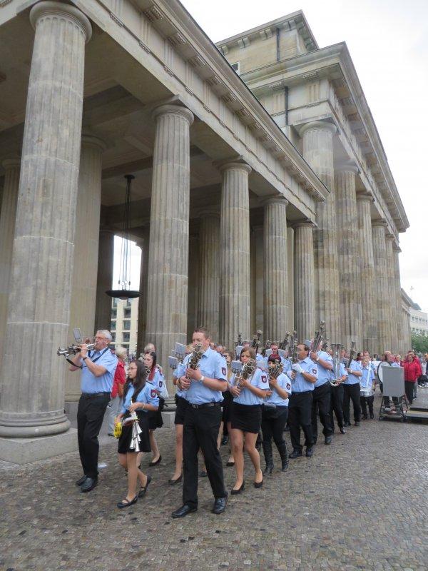 Abmarsch zum Reichstag