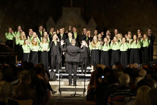 Neben klassischen Titeln überzeugte auch der gemischte Chor mit einigen etwas aufgelockerten Liedern der Moderne.Foto: tsc