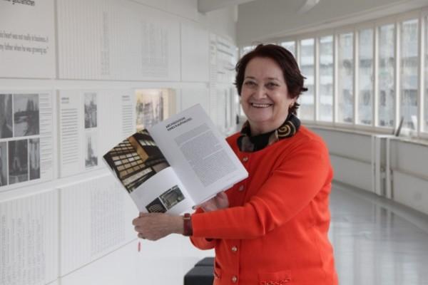 Die Enkelin von Salman Schocken war in dieser Woche auf den Spuren ihres berühmten Vorfahren. Raheli Edelmann besuchte das Archäologie Museum und ist stolz auf den Umgang mit dem Erbe ihres Großvaters. Foto: bit