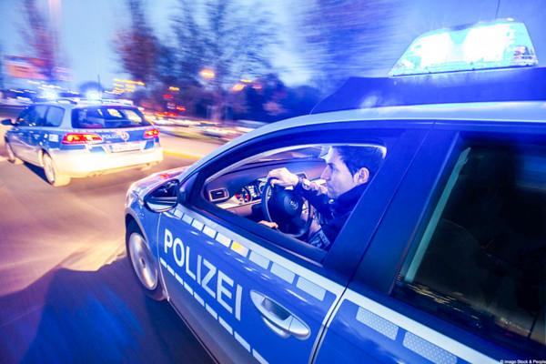 polizeisirenen-streifenwagen-polizei