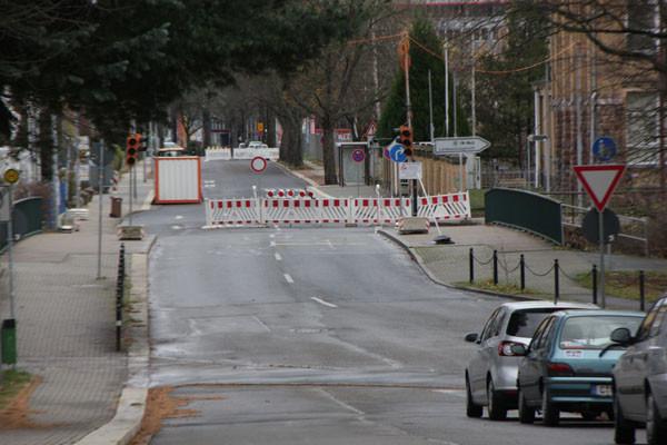 Ab morgen (20.11.) soll die Heinrich-Lorenz-Straße wieder durchgängig befahrbar sein. Foto: bit