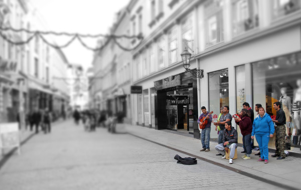 Mehr Besucher für die Zwickauer Innenstadt? Gäste des City-Forums erzählten und schwärmten von zweitweiligen Straßenmusikern in den wie hier in der Inneren Plauenschen Straße. Foto: Alice Jagals