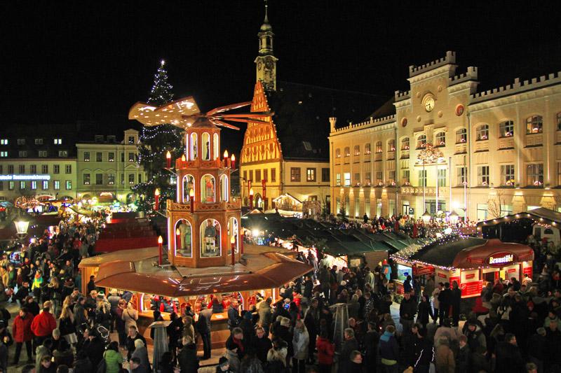 Wo Ist Weihnachtsmarkt Heute.Zwickauer Weihnachtsmarkt Ab Heute Geöffnet Wochenendspiegel