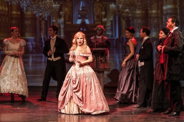 """Weltstar Deborah Sasson sprach mit www.wochenendspiegel.de über ihre Musicals """"Phantom der Oper"""" und """"Der kleine Prinz"""", mit denen sie nach Chemnitz kommt. Foto: Marco Müller"""
