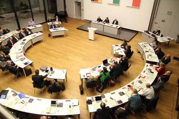 Zwickauer Stadträte erhalten weiterhin ihr Sitzungsgeld in gewohnter Höhe. Foto: Alice Jagals