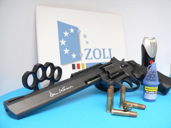 134 Waffen wurden von den Zöllnern beschlagnahmt. Foto: Zoll