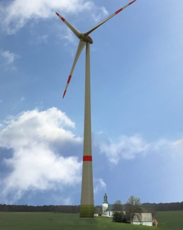 Das ca. 200m hohe Windrad im Vergleich neben der 35m hohen Kirche. Fotomontage: Gegenwind Euba