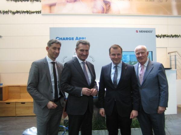 MENNEKES - Oettinger zu Besuch bei MENNEKES in Hannover