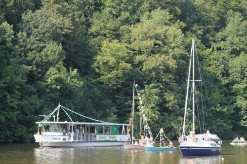 Die Bootsparade startet am Samstag um 16 Uhr in Lauenhain. Gegen 16.30 Uhr werden die Schiffe in Kriebstein begrüßt. Foto: Uwe Wolf