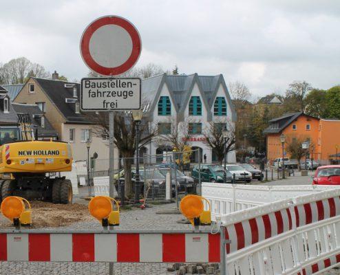 Die Sperrung im Marktbereich wird ausgedehnt, denn die Kanalschäden sidn massiver als angenommen. Das Vorhaben soll jetzt erst 2017 abgeschlossen sein. Foto: Uwe Wolf