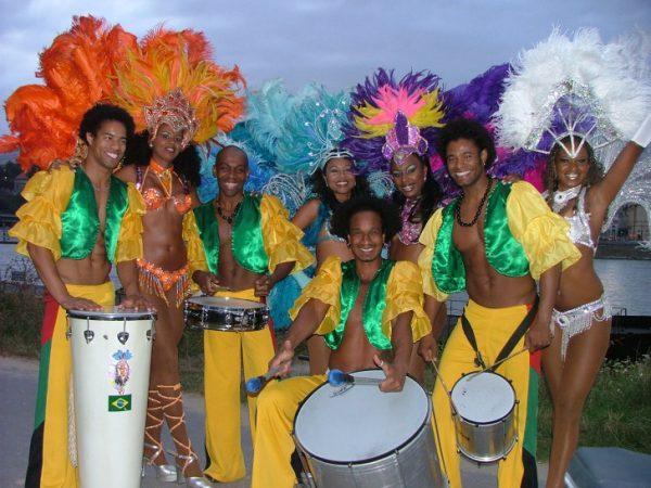 Die Bahia Dance Group wird für brasilianisches Flair sorgen. Foto: Veranstalter