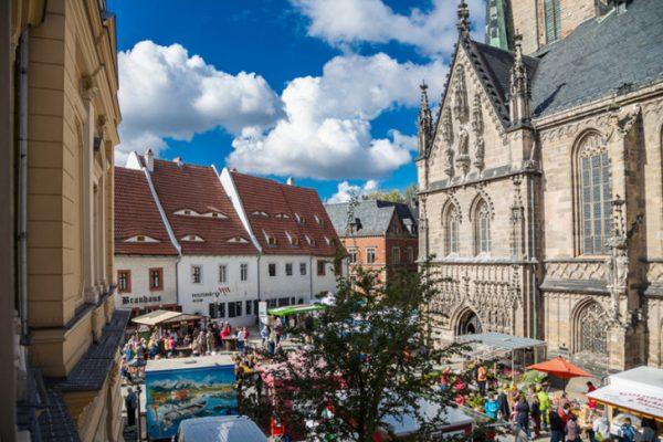 Am Wochenende ist jede Menge los in der Zwickauer Innenstadt. Beim Herbstmarkt kann man jede Menge Regionales shoppen. Foto: Kultour Z.