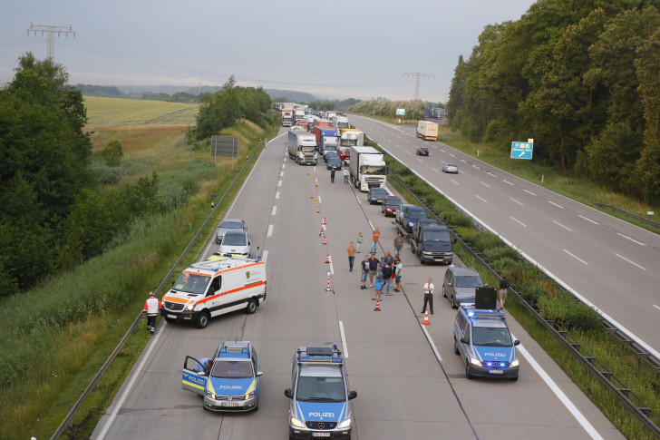 Bilder Unfall A4 Heute
