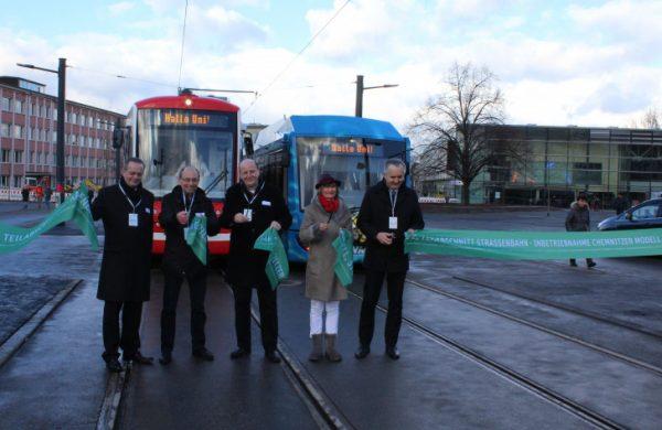 Heute Mittag wurde der neue Streckenabschnitt zwischen dem Stadtlerplatz und der Wendeschleife feierlich eröffnet. Foto Nicole Neubert
