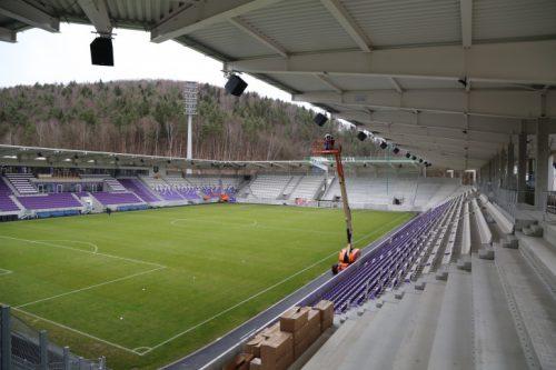 Erzgebirge Aue Stadion Kapazität